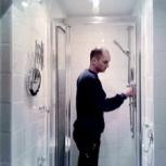 Очистка и замена герметика душевой кабины, Омск