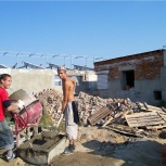 Услуги бригады разнорабочих демонтаж уборка территории, Омск